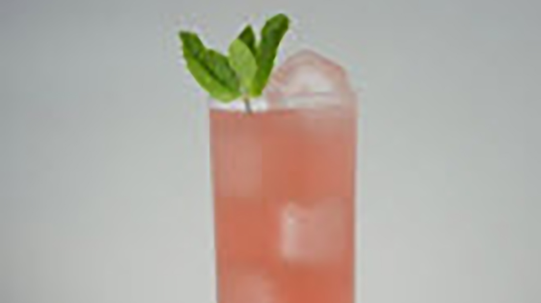 Hendrick's Iced Cranberry Tea (Rocks)