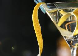 modern martini with lemon