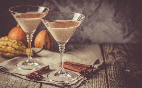 Cinnamon Chai Martini