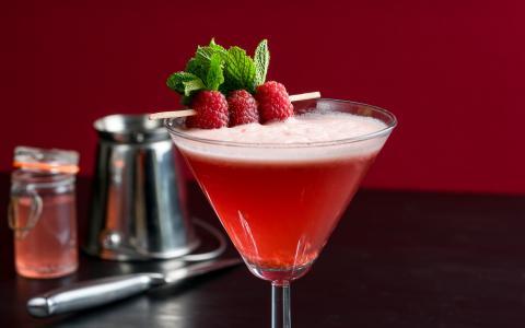 Creamy Raspberry Cocktail