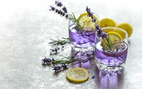 Vodka & Lavender Lemonade