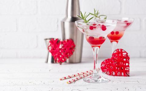 Cupid's Cran-Lemonade Cocktail