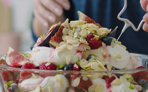 Baileys Almande Vegan Trifle