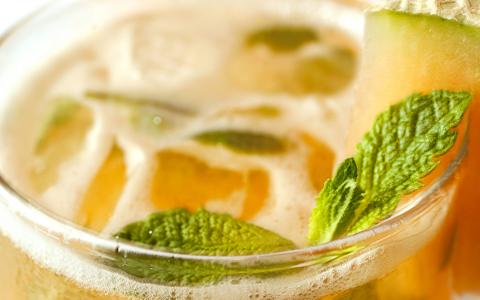 Cantaloupe Mint Cooler (Mocktail)