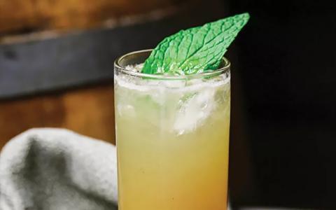 Salty Ginger-Ade (Mocktail)