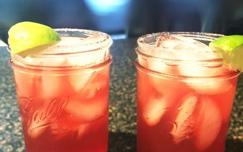 Lisa's Pomegranate Margarita