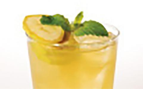 Tullamore Dew Peach Pineapple Swizzle
