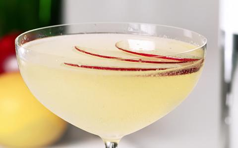 Elevated Appel Martini