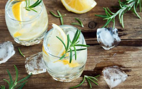 Lemon Refresher Mocktail