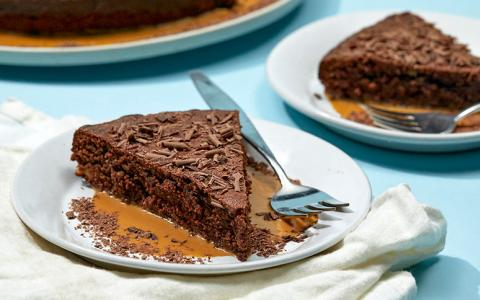 Bourbon Coco Almond Cake
