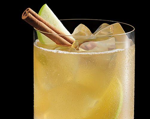 BACARDÍ Friendsgiving Rum Punch